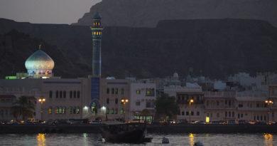 Best Mideast stopover: Dubai or Oman?