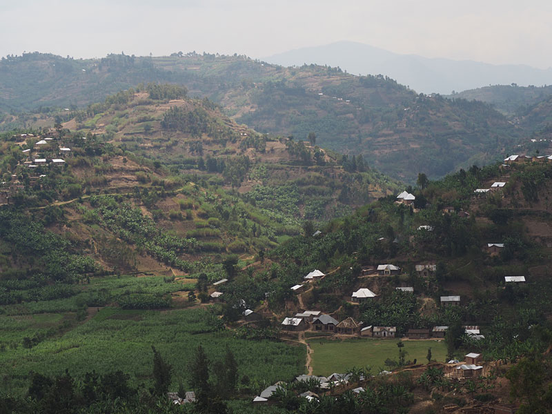 "Rwandans call their country ""the land of 1000 hills"". It's not hard to see why."