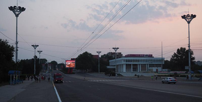 Tiraspol's strangely quiet main boulevard, 25 October Street