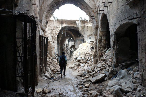 Scene in an Aleppo souq (covered bazaar) around 2016. Photo: AFP