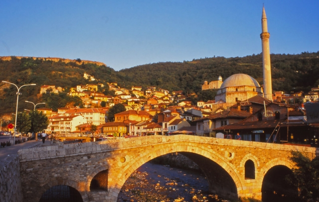 Kosovo, 1997: The 17th century Sinan Pasha Mosque dominates Prizren's old town