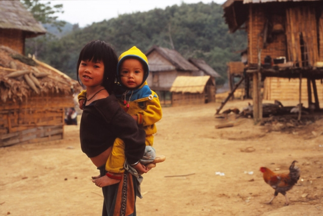 Children of the Khmu tribe, Tadlene village