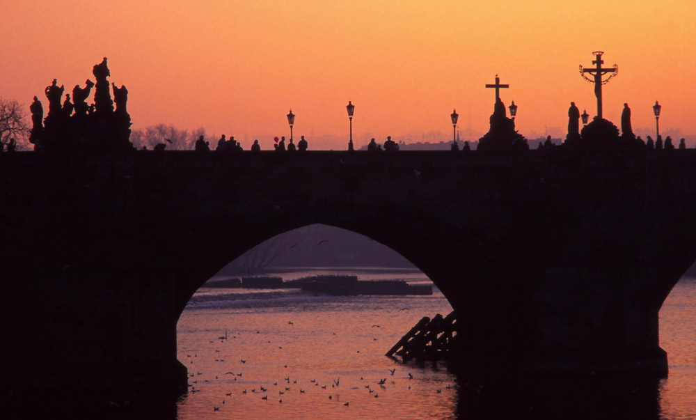 Sunset at Karlův most (Charles Bridge) and the Vltava River, Prague