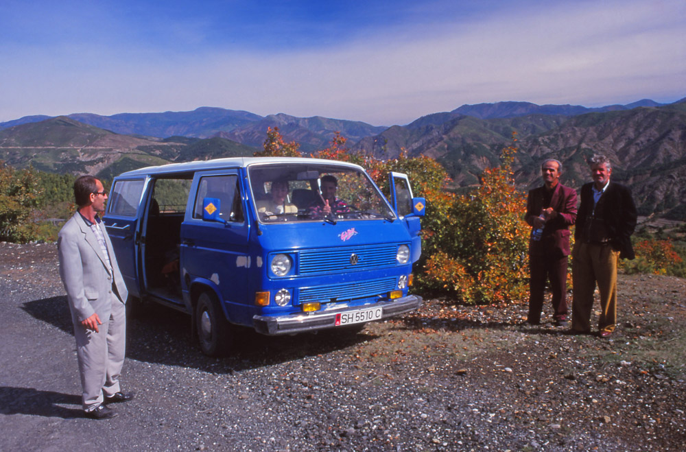 A break during the long minibus journey across the mountains to Shkodra